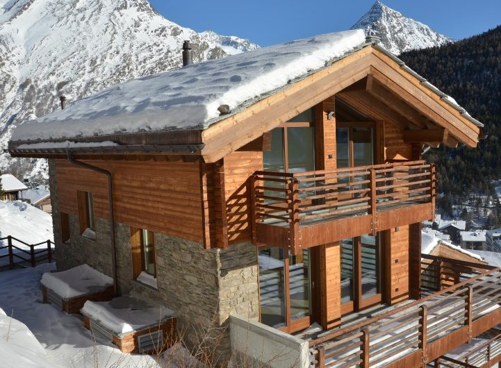 Pinnacle Luxury Chalet