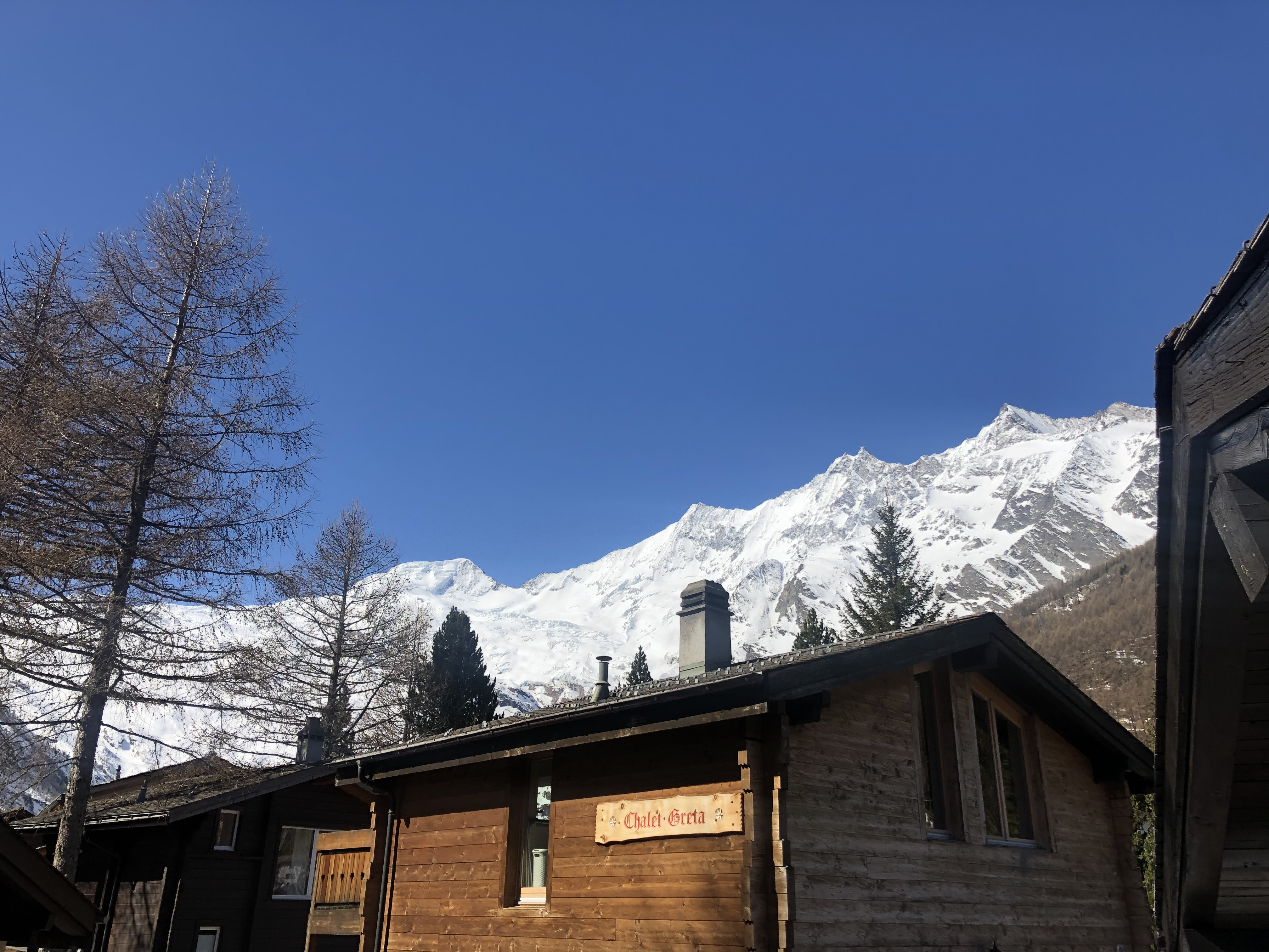 Surprise single chalet in the Alps